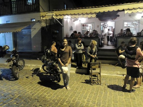 Fachada do Restaurante O Barco.