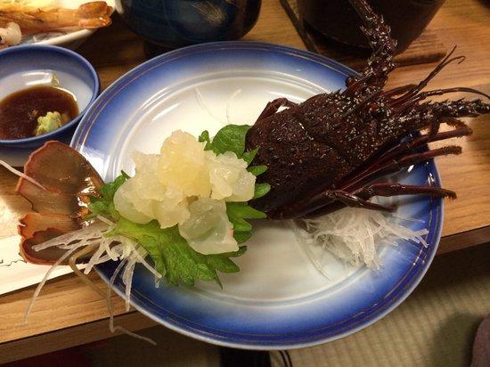 Nakagawa: 新鮮な伊勢海老の刺身
