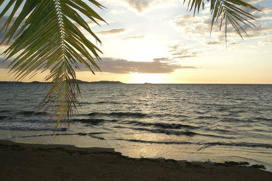 Anjiamarango Beach Resort: devant notre bungalow