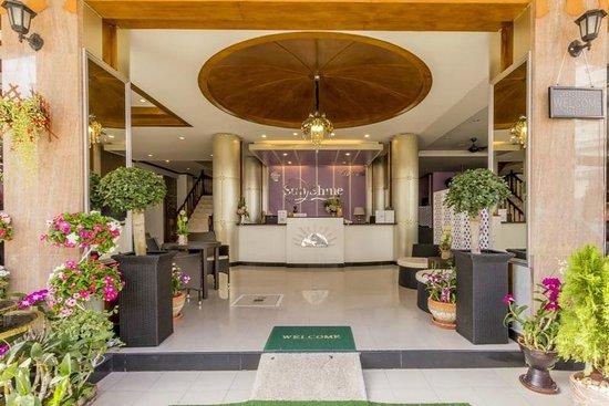 Sunshine Patong Resort: Reception