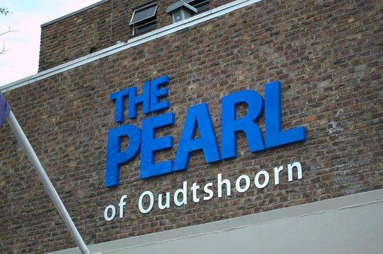 Oudtshoorn Inn Hotel and Conferencing Centre: Schriftzug am Gebäude