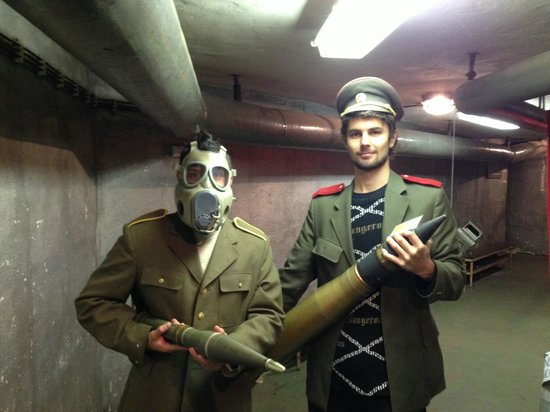 Communism and Nuclear Bunker Tour : David and me