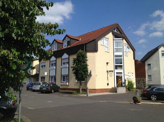 Hotel Einhorn: Straßenansicht