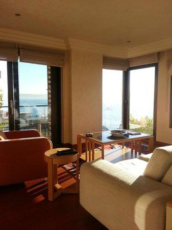 Deris Bosphorus Lodge: Living room