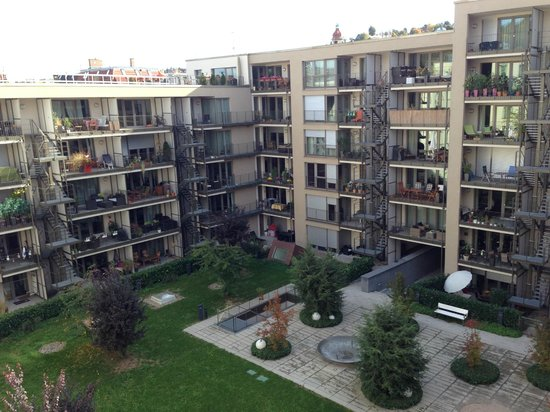 Park Inn by Radisson Stuttgart: View from room of internal courtyard (not accessible to guests)