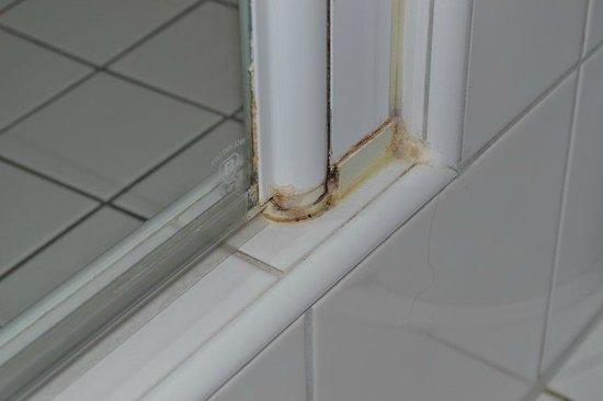 badezimmer - picture of novotel munchen messe, munich - tripadvisor
