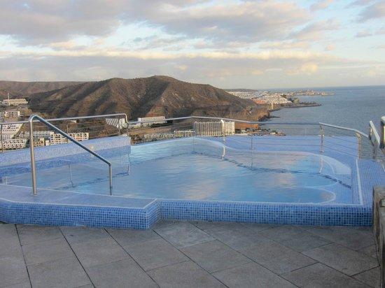Servatur Puerto Azul : The jacuzzi overlooking Puerto Rico bay