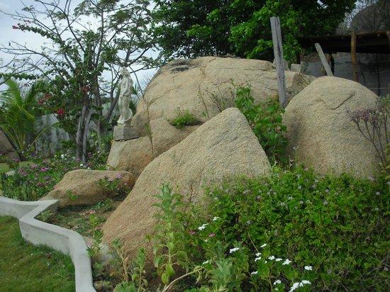 Cerro Cora, RN: Decoração no jardim