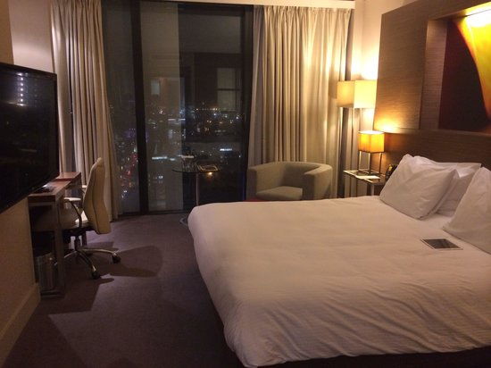 Hilton Manchester Deansgate : Our suite on the 21st floor lovely