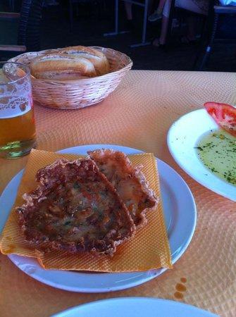 Restaurante La Escollera: Tortitas de camarones