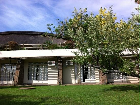 Ilala Lodge: devant la chambre