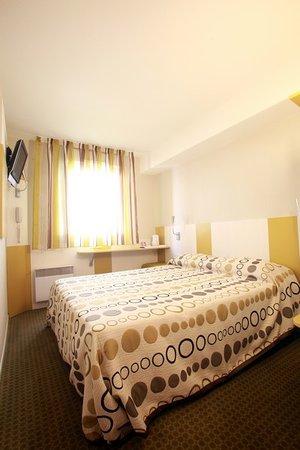 Hôtel Revotel : La chambre Supérieure (simple-double)