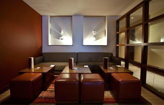 The Club Hotel & Spa: Bohemia Bar