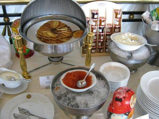 Taleon Imperial Hotel: Завтрак