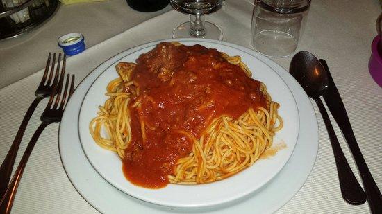 Trattoria Da Mauro: Questo si che è un piatto di pasta!!!