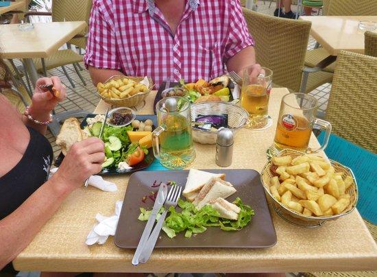 The Breeze Inn : ploughmans lunch