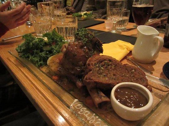 Vogafjos Cowshed Cafe: Lamb