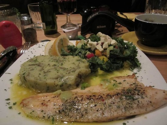 Vogafjos Cowshed Cafe: Fish