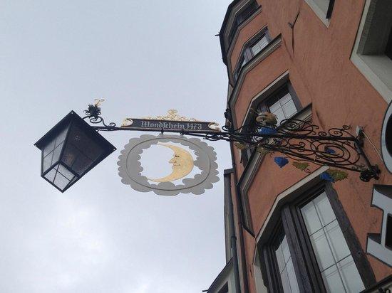 Hotel Mondschein: sign of the hotel