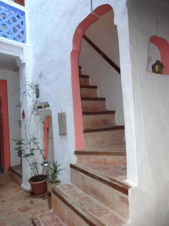Dar Dalia: Stairs to the first floor