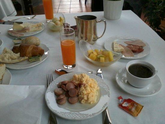 Hotel San Francesco al Monte: Petit dejeuner copieux