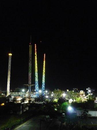 Ramada Plaza Resort and Suites Orlando International Drive: Vista