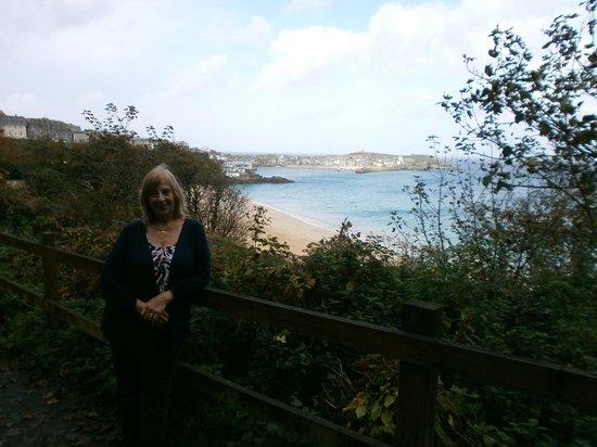 Carbis Bay Beach: On the coastal walk
