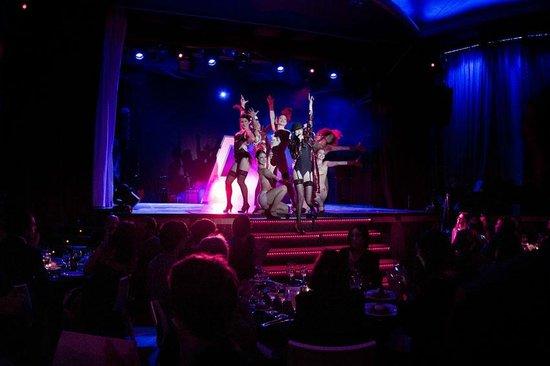 Best cabaret in town circus cabaret photo de astoria for Astoria barcelona