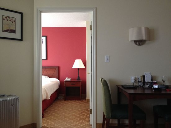 Residence Inn West Springfield: One-bed apartments are super nice!