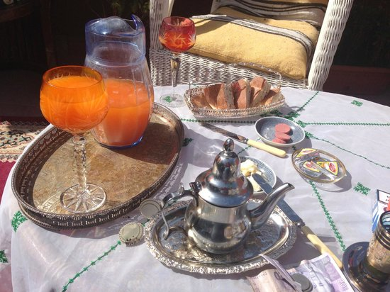 Foutour & Sarir Riad: My lovely breakfast