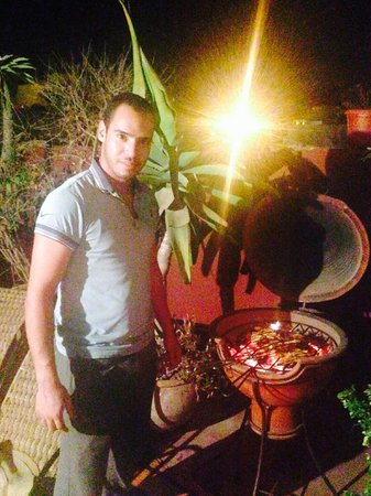 Foutour & Sarir Riad: Ayoub preparing amazing BBQ for his hosts