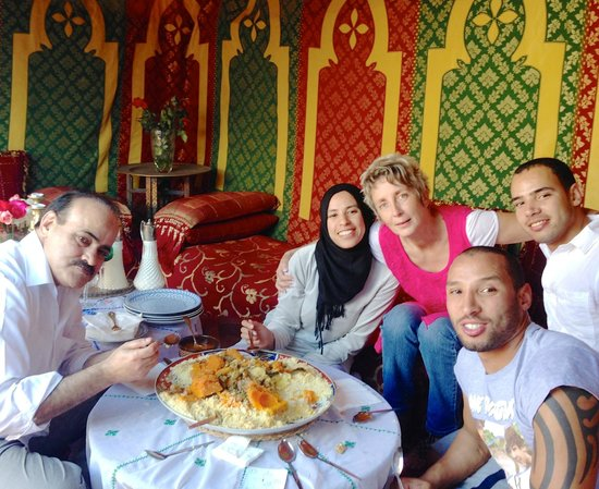 Foutour & Sarir Riad: Couscous on Friday