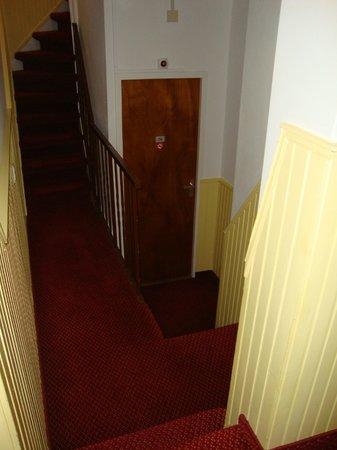 Amsterdam Wiechmann Hotel: L'ingresso della camera in un labirinto di scale