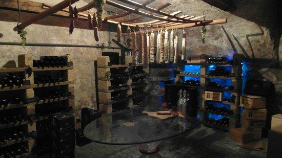 Hostaria del Borgo : Nicht voller Geigen - voller Salami hängt der Himmel...