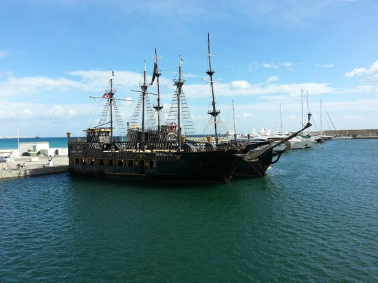 Iberostar Averroes: pirates ship