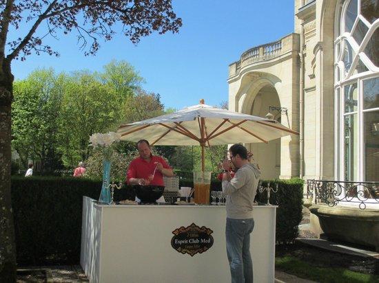 Club Med Vittel le Parc: Preparing a special cocktail April 2013