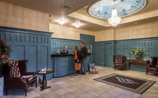 Forster Court Hotel: Lobby