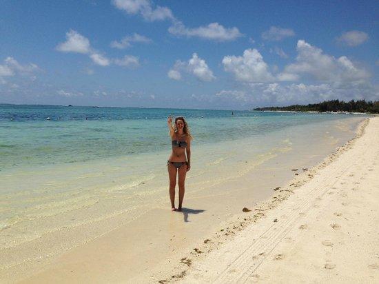Emeraude Beach Attitude: :)