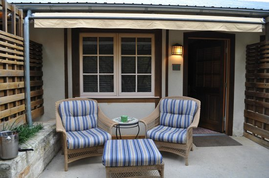 Lake Austin Spa Resort: Comfy porch for lounging in your robe