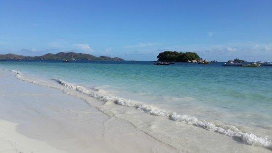 Village du Pecheur: Stunning beach