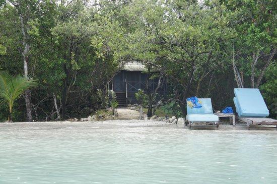Tiamo Resort: вид на виллу с океана