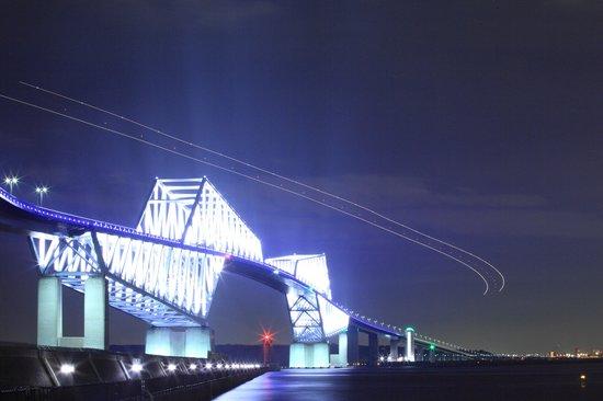 Tokyo Gate Bridge: ロマンチックな夜景