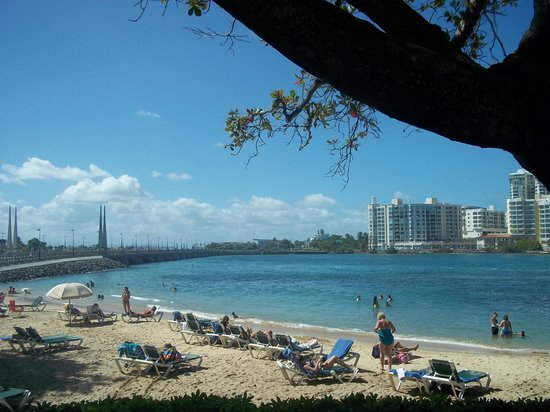 The Condado Plaza Hilton: Beach with direct access from hotel