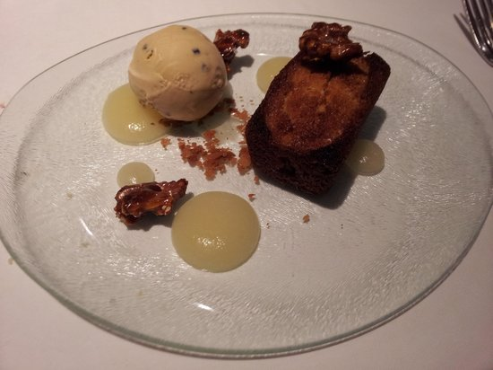 Medlar: Pear financier with coco nib ice cream