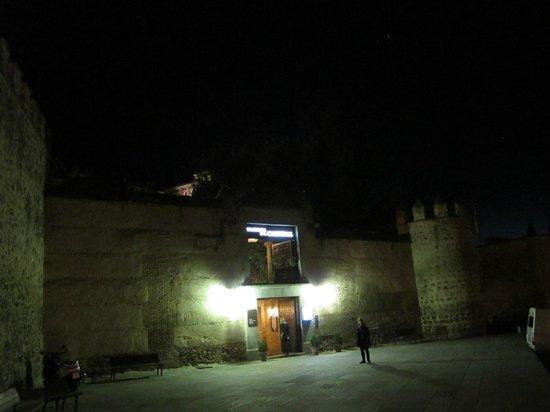 Hacienda del Cardenal: Front of Hotel
