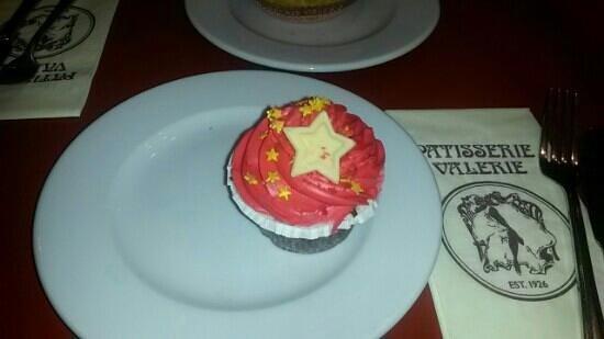 Patisserie Valerie Brunswick Centre: cip cake