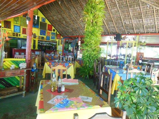 Resultado de imagem para jamaica beach porto seguro alimentos