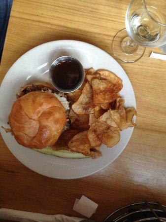 Merle's: Pork Sandwich