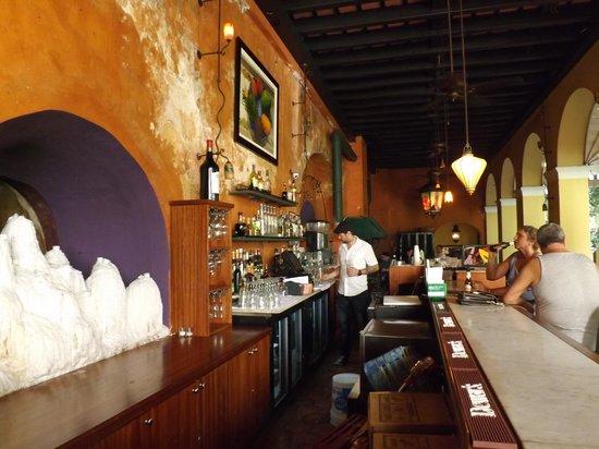 Hotel El Convento: Hotel Bar