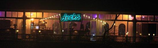 Decks Restaurant : Decks
